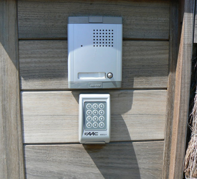 Alain Hocks | Tel: 0496-236296 - E-mail: alainhocks@skynet.be | ✅ installateur elektriciteit, elektrische verwarming, verlichting, depannage elektriciteit